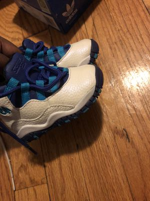 Jordans for Sale in Detroit, MI