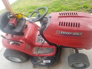 Troy bilt riding mower for Sale in McAllen, TX