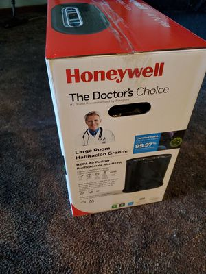 HONEYWELL LARGE ROOM AIR PURIFIER for Sale in Silverton, OR