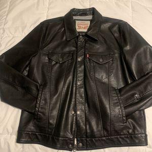Levi's black trucker faux lined leather jacket coat men's large for Sale in San Francisco, CA