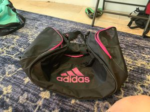 Medium size adidas duffle bag for Sale in Miami, FL