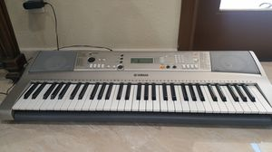 Yamaha Piano keyboard for Sale in El Cajon, CA