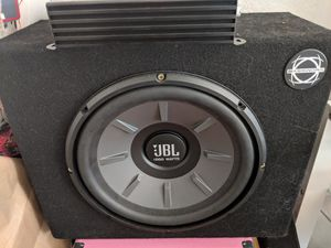 """JBL subwoofer 10"""" in Bassworks box with Jensen Power 500w amp for Sale in Tacoma, WA"""