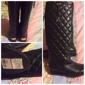 Michael kors size 6 for Sale in Philadelphia, PA