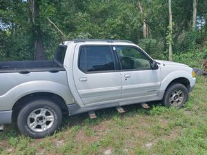 02 Ford Explorer Sport Trac for Sale in Batsto, NJ