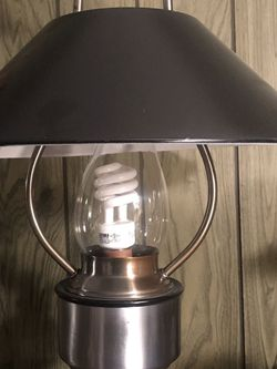 Vintage Underwriters Laboratories Issued Lamp for Sale in Ellwood City,  PA