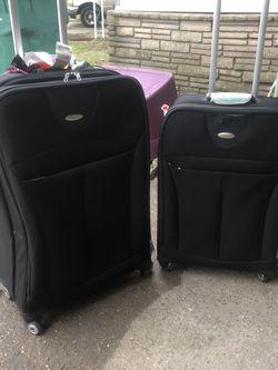 Samsonite luggage spinners for Sale in Pasadena,  TX