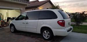 05 Dodge Caravan for Sale in Haines City, FL