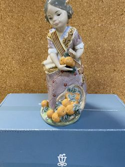 "Lladro ""Miss Valencia"" for Sale in Bellevue,  WA"
