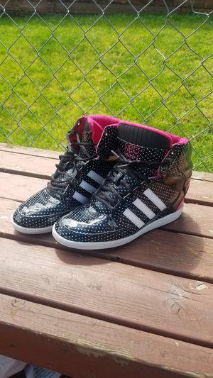 Wedge heel Adidas Women's 7.5 for Sale in Everett, WA