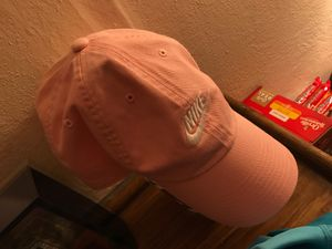 Pink nike hat for Sale in Pinellas Park, FL