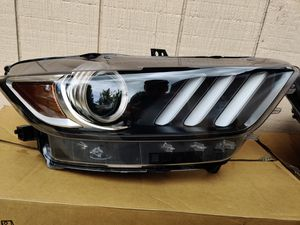 2015 2016 2017 Ford Mustang OEM Headlight Assembly * Mint for Sale in Tacoma, WA