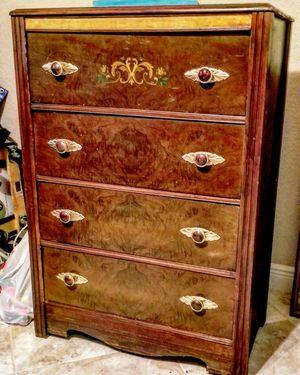 Antique dresser for Sale in Lake Worth, FL