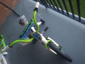 """New 16"""" bicycle for boys for Sale in Alexandria, VA"""