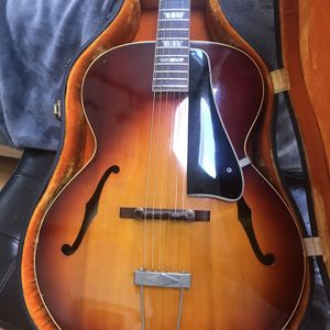 Gibson 1965 L50 archtop for Sale in Naperville, IL