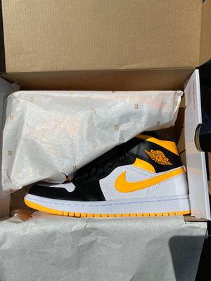 Women's size 9 air Jordan 1 laser orange for Sale in Seven Hills, OH