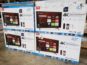 "TCL 43S403 43"" 4K UHD HDR Roku Smart LED TV for Sale in Arlington, TX"