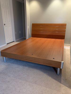 Bedroom furniture set-6 piece for Sale in Oakton, VA