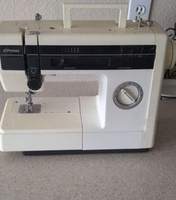 Sewing Machine for Sale in Leander,  TX