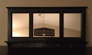 POTTERY BARN ENTRYWAY MIRROR for Sale in Port Orchard, WA