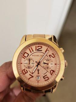 Michael kors MK5727 women's Mercer Rose Gold stainless steel Bracelet chronograph watch for Sale in Randolph,  MA