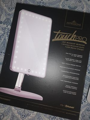 Vanity Led makeup mirror Bluetooth usb for Sale in Hialeah, FL
