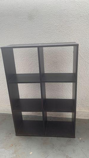 Small Shelf 16''w and 23''h for Sale in Montebello, CA