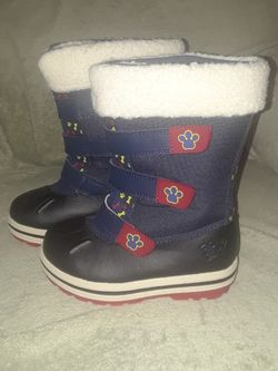 Paw Patrol Snow Boots Size 10 toddler (Boy or Girl) for Sale in Berlin,  NJ