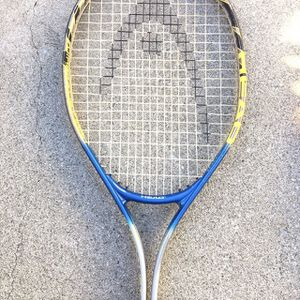 HEAD- TI. Medalist 1000- Tennis Racket- Used very little! Very Good Condition! for Sale in West Covina, CA