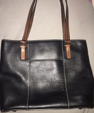 Dooney and Bourke Small Pebble Grain Lexington Bag for Sale in Los Angeles, CA