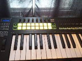 Novation Launchkey MKll 49 Midi keyboard Controller for Sale in Cleveland,  OH