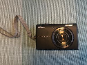 Nikon Coolpix S570 digital camera for Sale in Sun Lakes, AZ