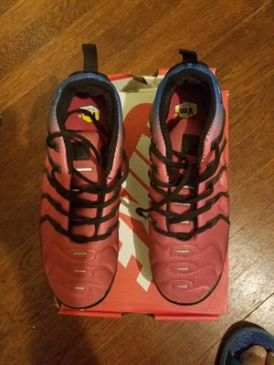 Nike vapormax plus size 11 for Sale in Laurel, MD