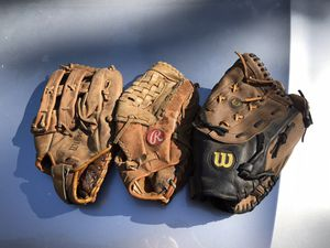 3 Softball Gloves for Sale in Pollock Pines, CA