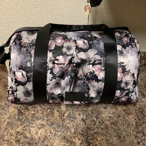 NWT Bebe Becca Large Duffle Bag for Sale in Sacramento, CA