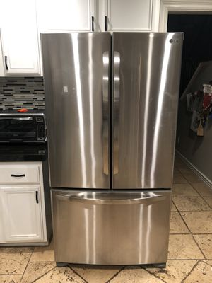 LG Refrigerator (For Parts) read details for Sale in Ontario, CA