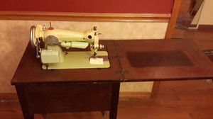 Riccar Sewing machine antique for Sale in Lee's Summit, MO