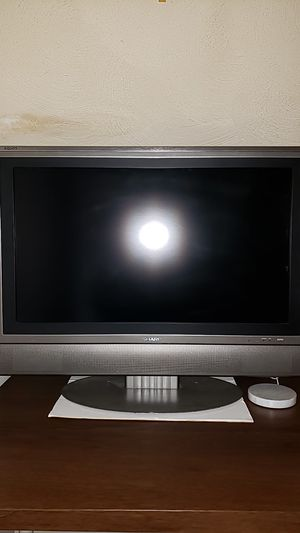 Sharp 32 inch tv for Sale in Lowell, MA