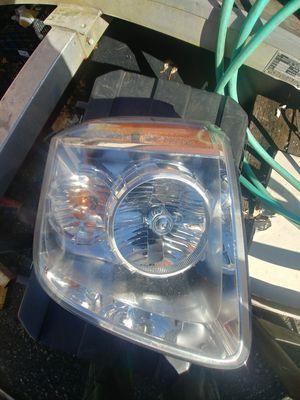 GMC Yukon Denali XL1500 2500 Headlights Headlamps Left 07-14 Description for Sale in Laurel, MD