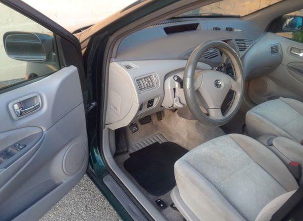 Toyota Prius 02