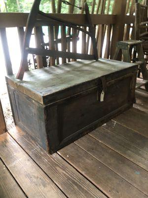 Antique primitive toolbox for Sale in Villa Rica, GA