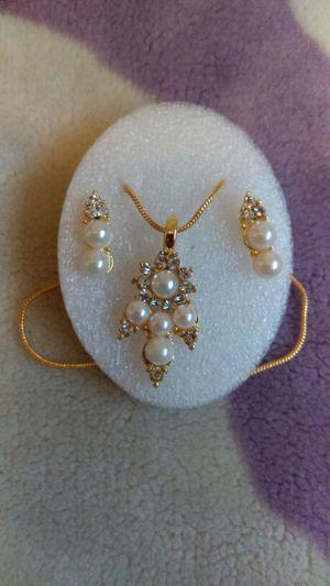 Necklace Set for Sale in Warren, MI