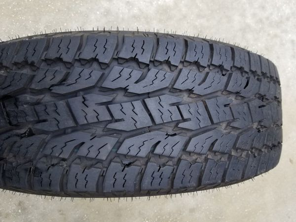 Toyo Open Country all terrain tire 265/70/17