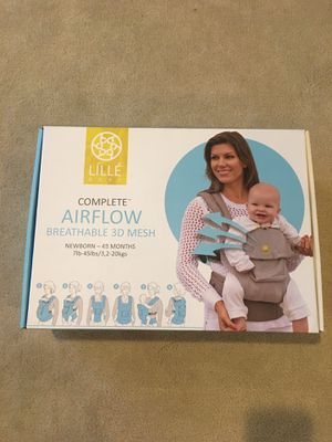 Lille Baby Complete Airflow Breathable Baby Carrier & 2x custom felt covers for Sale in Redmond, WA