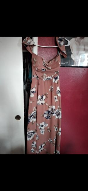 Dress size small in great condition didn't end up fitting me for Sale in Bakersfield, CA