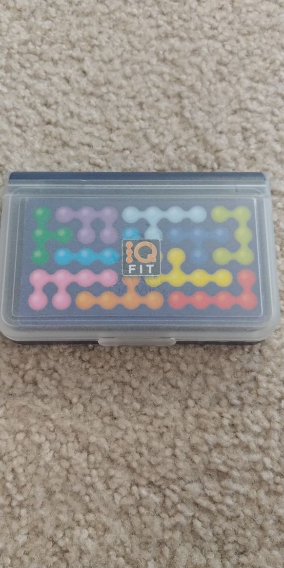 IQ Fit to train your brains
