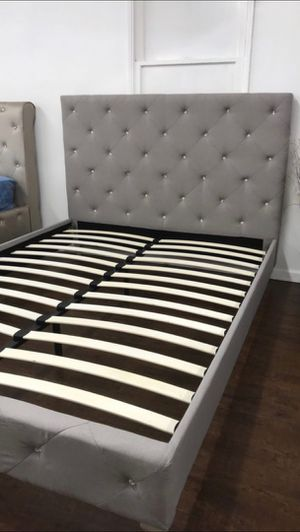 Queen Size Bed Frame, Silver Wood Finish Grey Polyfiber for Sale in Fountain Valley, CA