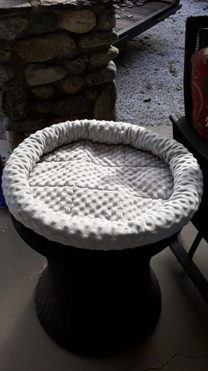 Whisker City cat bed for Sale in Alta Loma, CA