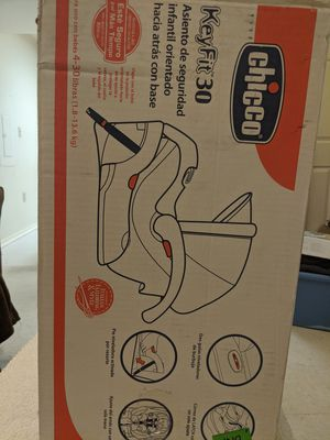 Chicco Keyfit 30 carseat/carrier for Sale in Odessa, TX