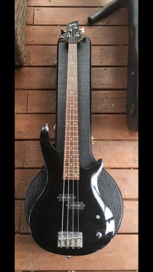 bass guitar for Sale in Raleigh, NC